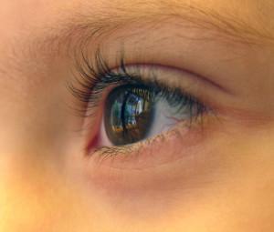 кроме суставов, при этом заболевании поражаются глаза