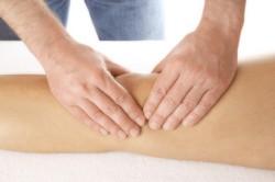 Отек колена: почему он возникает и как его лечить