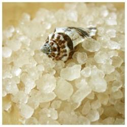 ванночки с морской солью: и приятно, и полезно!