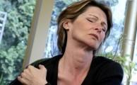 болезни плеча проявляются болями в плечевом суставе