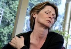 Заболевания плечевого сустава: какие они бывают и что с ними делать?