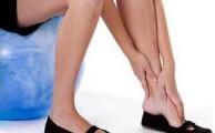 боли в стопах ног могут быть при самых разных болезнях