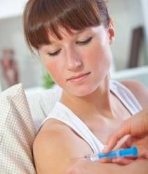 в лечении используются гормональные и нестероидные обезболивающие