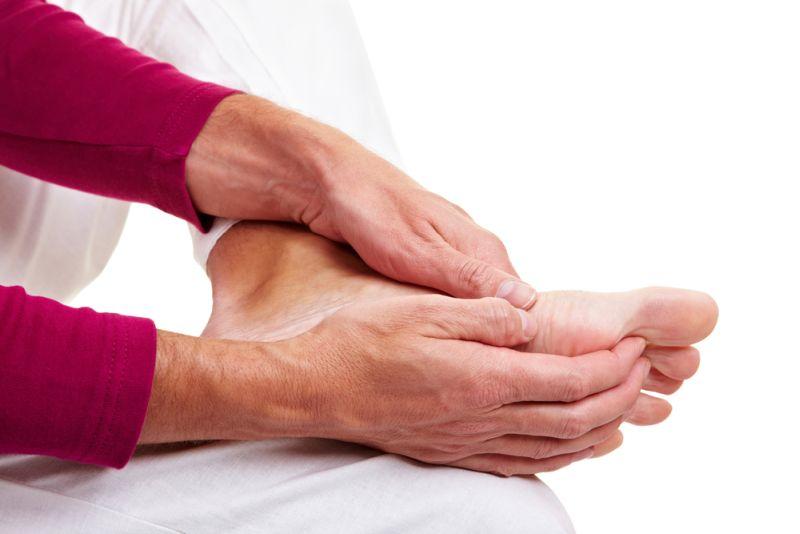 болят пальцы и подушечки ног синяки