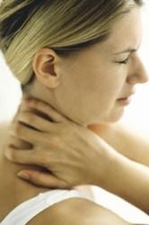 боль в шее вызывается разными болезнями