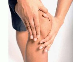 хруст в колене может быть симптомом артроза