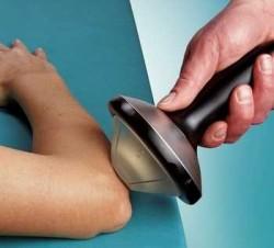 Боль в локтевом суставе: почему она возникает?