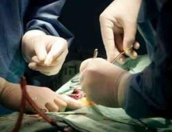 при гнойном бурсите может потребоваться операция