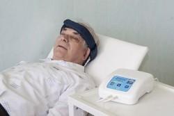 Магнитотерапия снимает головную боль