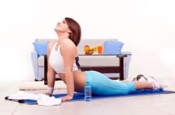 Упражнение с прогибом в позвоночнике