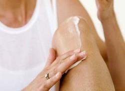 Мазь помогает снять воспаление колена