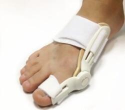 ортопедическая шина на ноге