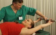 Как лечить поясничную грыжу позвоночника: советы врача