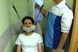 вытягивание шейного отдела позвоночника