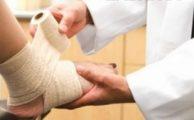 Растяжение связок стопы: особенности лечения, первая помощь