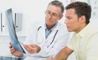 Что делать с болью в области ступни справа, если терапевтом заподозрено плоскостопие?