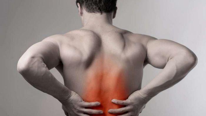 Боль в позвоночнике посередине спины причины