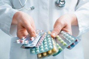 пластины с таблетками и капсулами